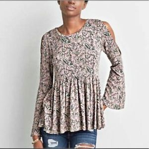 American Eagle Floral Cold Shoulder Top Size Small